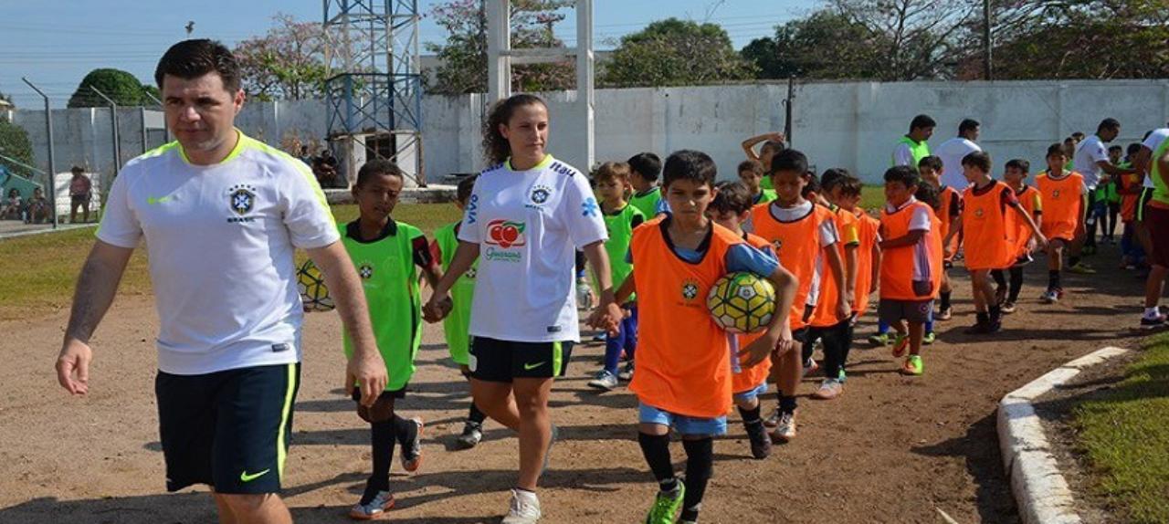Seminário sobre o Futebol na Infância e Adolescência