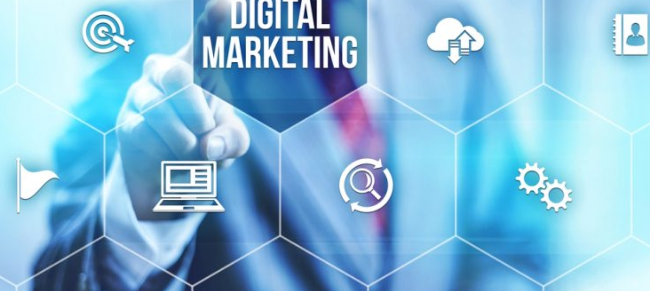 Marketing digital  e Cursos Ensinando e Treinamento