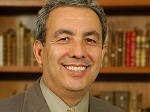 Dr. Luis Herrera